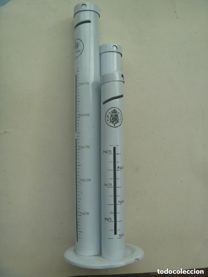RARISIMA Y ORIGINAL HUCHA PARA MONEDAS DE 5 , 25 Y DE 100 PESETAS. (Numismática - Material Numismático)