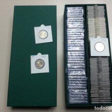 Matériel numismatique: CAJA DE CARTÓN RÍGIDO; COLOR VERDE-DOBLE. IDÓNEA PARA CARTONES DE MONEDAS/CÁPSULAS QUADRUM.. Lote 235365780