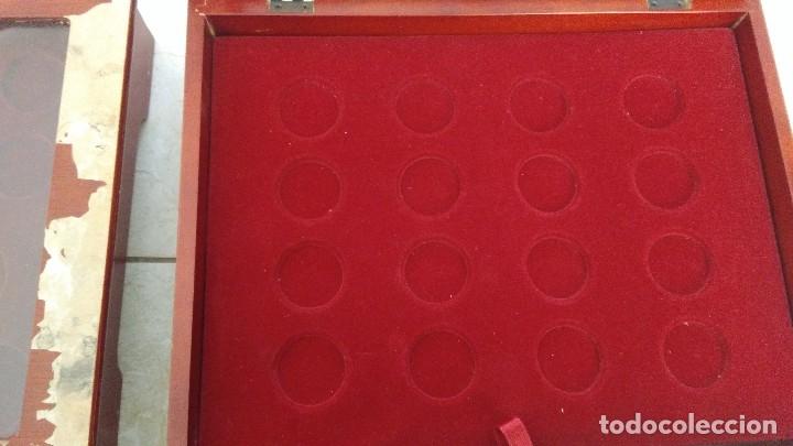 Material numismático: 3 vitrinas para monedas plata y oro historia de la peseta - Foto 5 - 194885040