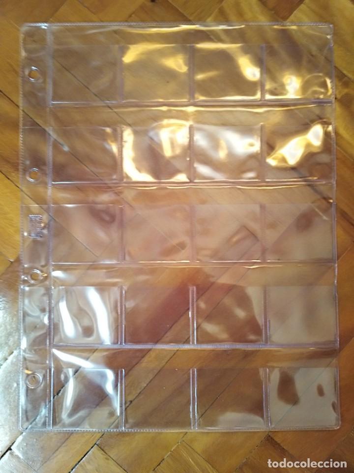10 HOJAS DE PLÁSTICO PARA GUARDAR CARTONES CON MONEDAS. 20 BOLSILLOS. (Numismática - Material Numismático)