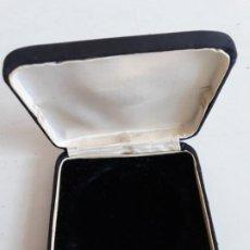 Material numismático: CAJA CUADRADA DE 88 X 88 MM PARA MEDALLA O MONEDA DE 58 MM DE DIAMETRO. Lote 189416321