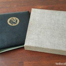 Material numismático: ALBUM CON ESTUCHE PARA MONEDAS. Lote 107664827