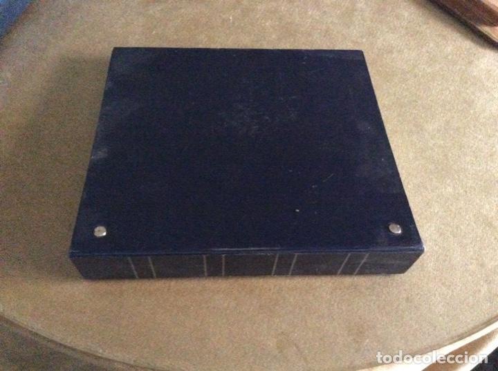 Material numismático: Album con 10 hojas y 11 separadores - Foto 2 - 195214071