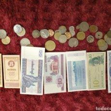 Material numismático: LOTE DE 7 BILLETES Y 33 MONEDAS. Lote 195328656
