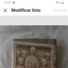 Material numismático: * CENTAURO* LIBRO LA MONEDA DEL BAJO IMPERIO ROMANO CON PRECINTO ORIGINAL. Lote 219333380
