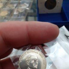 Material numismático: MEDALLA MONEDA PLATA PERSONAJES ILUSTRES EXTREMADURA EUGENIO HERMOSO REF37. Lote 220405835