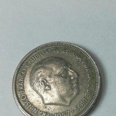 Material numismático: 5 PESETAS 1957 ESTRELLA 68. Lote 224775132