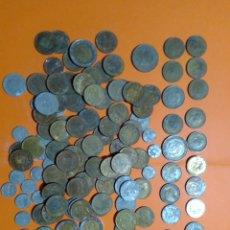 Material numismático: LOTE DE MONEDAS SIN CLASIFICAR MUCHAS DE FRANCO, HAY DE TODO. Lote 236331450