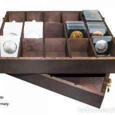 Material numismático: CAJA DE MADERA PARA CARTONES MONEDAS / CAPSULAS QUADRUM, ETC.. Lote 236386125