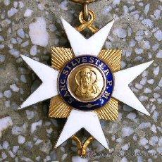 Medallas condecorativas: CONDECORACIÓN MEDALLA, TÍTULO DE CABALLEROS DE SAN SILVESTRE. CRUZ MALTESA DE ORO Y ESMALTE. AÑO1841. Lote 25236244
