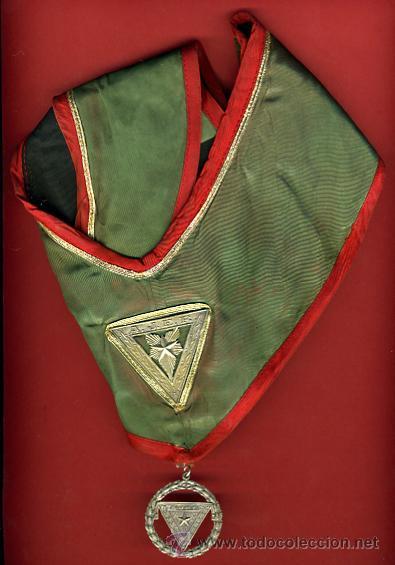 MASONERIA , OBJETO MASON CON MEDALLA DE LOGIA , ORIGINAL, CUBA, VER FOTO ADICIONAL (Numismática - Medallería - Condecoraciones)