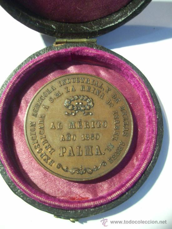 DIPUTACIÓN PROVINCIAL DE LAS BALEARES. PALMA DE MALLORCA EXPOSICIÓN DE 1860. AL MÉRITO. MEDALLA DE (Numismática - Medallería - Condecoraciones)
