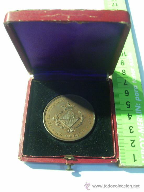 Medallas condecorativas: Palma de Mallorca Exposición de 1881. Al Mérito. Medalla de Bronce. Agricultura. Industria. Bellas - Foto 3 - 26486505