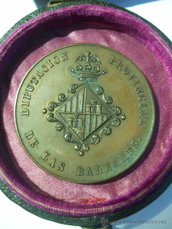 Medallas condecorativas: Diputación Provincial de las Baleares. Palma de Mallorca Exposición de 1860. Al Mérito. Medalla de - Foto 2 - 26486939