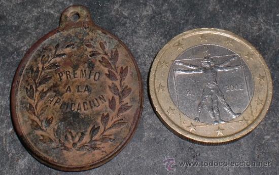 Medallas condecorativas: Medalla mérito escolar - Foto 2 - 34513526