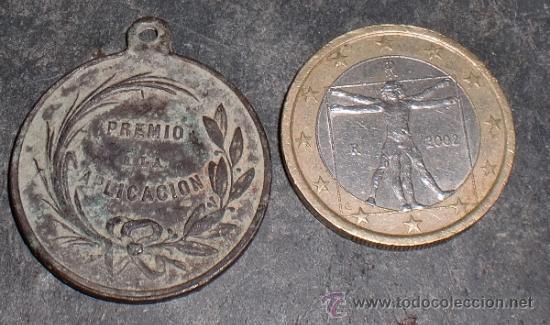 Medallas condecorativas: Medalla mérito escolar - Foto 2 - 34513553