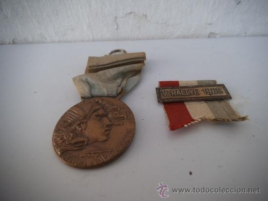 2 MEDALLA CONDECORACION ITALIANA (Numismática - Medallería - Condecoraciones)