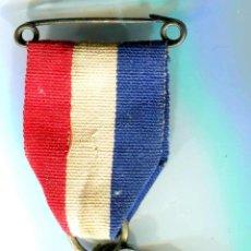 Medallas condecorativas: REINO UNIDO. 1935 JUBILEO DE PLATA MEDALLA DEL REY GEORGE V AND REINA MARY. Lote 49167396
