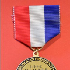 Medallas condecorativas: MEDALLA MERITO AMERICA A MEDAL REPUBLICAL PRESIDENTIAL NATIONAL CONVENTION 1992 TASK FORCE. Lote 52929434