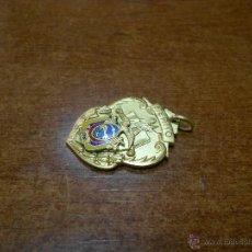 Medallas condecorativas: ANTIGUA MEDALLA ESCOLAR AL MÉRITO MUY BIEN CONSERVADA. Lote 53527591