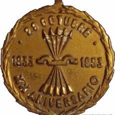 Medallas condecorativas: FRANCO. MEDALLA XX ANIVERSARIO FALANGE ESPAÑOLA. 1.953. Lote 53672339