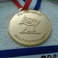 Medallas condecorativas: MUY RARA MEDALLA FIRST LEGO LEAGUE 2012. Lote 55790437