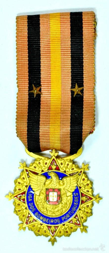 CONDECORACIÓN MEDALLA INSIGNIA LIGA DOS BOMBEIROS PORTUGUESES. PRECIOSA (Numismática - Medallería - Condecoraciones)