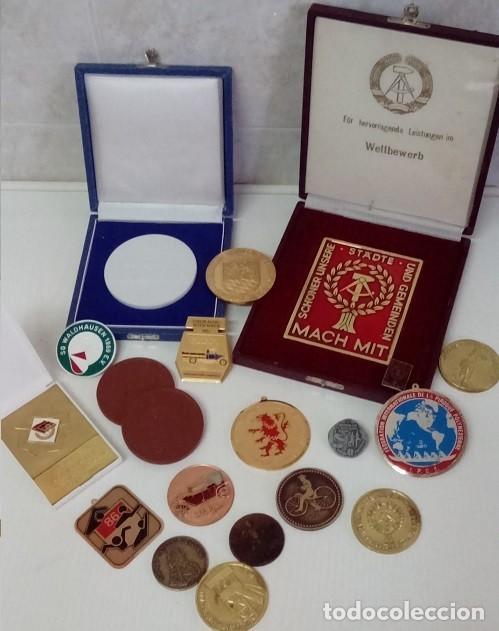 GRAN LOTE DE DIFERENTES PREMIOS Y CONDECORACIONES DEPORTIVAS Y OTRAS DE ALEMANIA . . . (Numismática - Medallería - Condecoraciones)