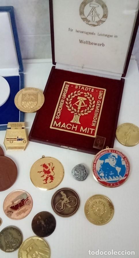 Medallas condecorativas: GRAN LOTE DE DIFERENTES PREMIOS Y CONDECORACIONES DEPORTIVAS Y OTRAS DE ALEMANIA . . . - Foto 2 - 66914646