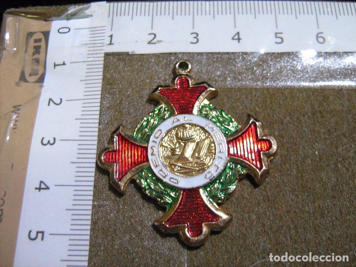 MEDALLA ESMALTADA PREMIO AL MERITO ESCOLAR (Numismática - Medallería - Condecoraciones)