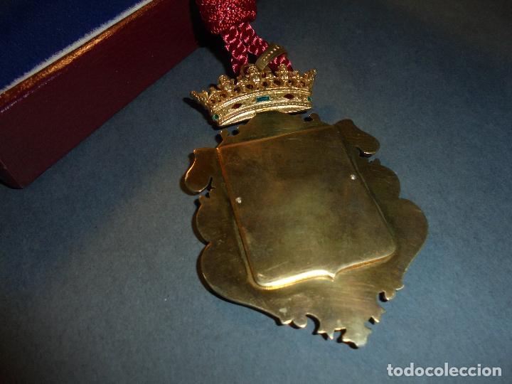 Medallas condecorativas: ANTIGUA MEDALLA DE PLATA DORADA Y ESMALTES CON SU ESTUCHE DEL CONSEJO SUPERIOR DE INVESTIGACIONES - Foto 5 - 71937971