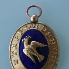 Medallas condecorativas: ANTIGUA MEDALLA IMPORTANTE JOYA OFICIAL INGLESA MASONICA, MASONERIA, MASON – METAL DORADO ESMALTE. Lote 73604623