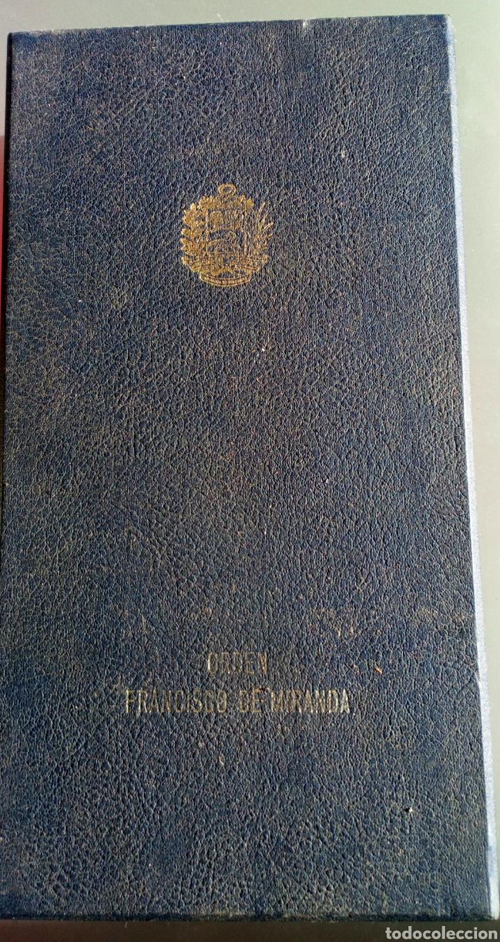 Medallas condecorativas: CONDECORACIÓN D PLATA ORDEN FRANCISCO D MIRANDA 1 a CLASE GENERALÍSIMO D VENEZUELA. MARISCAL FRANCIA - Foto 2 - 97623227
