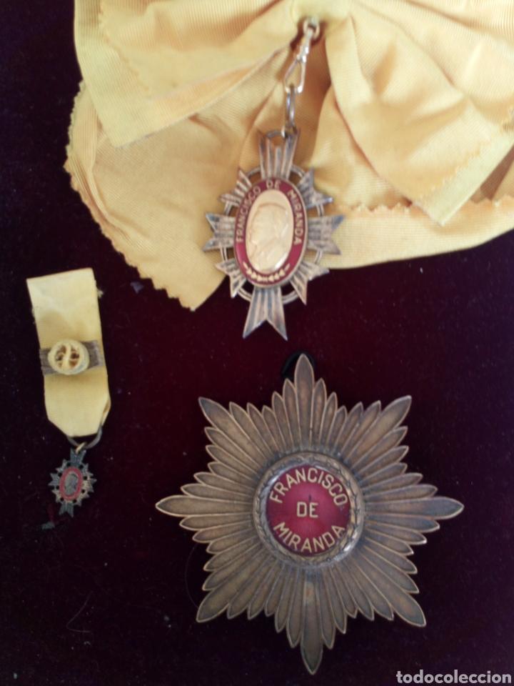 Medallas condecorativas: CONDECORACIÓN D PLATA ORDEN FRANCISCO D MIRANDA 1 a CLASE GENERALÍSIMO D VENEZUELA. MARISCAL FRANCIA - Foto 3 - 97623227