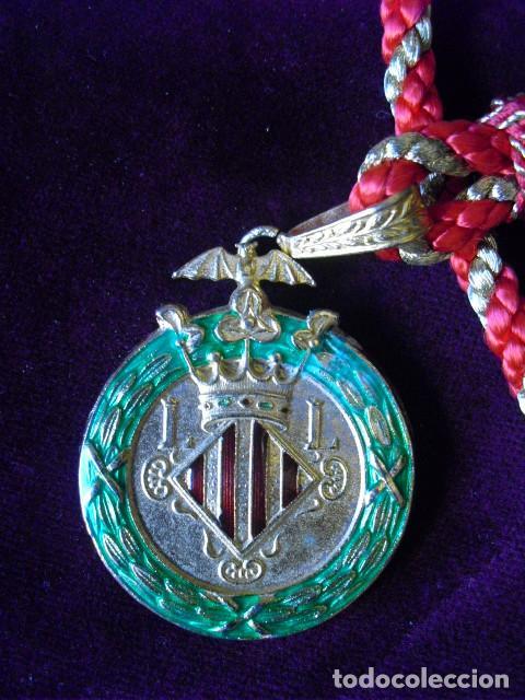 Medallas condecorativas: MEDALLA OFICIAL EXCMO. AYUNTAMIENTO VALENCIA,45 MM.MUY CONSERVADA,CORDON. CONCEJAL? - Foto 2 - 103841715