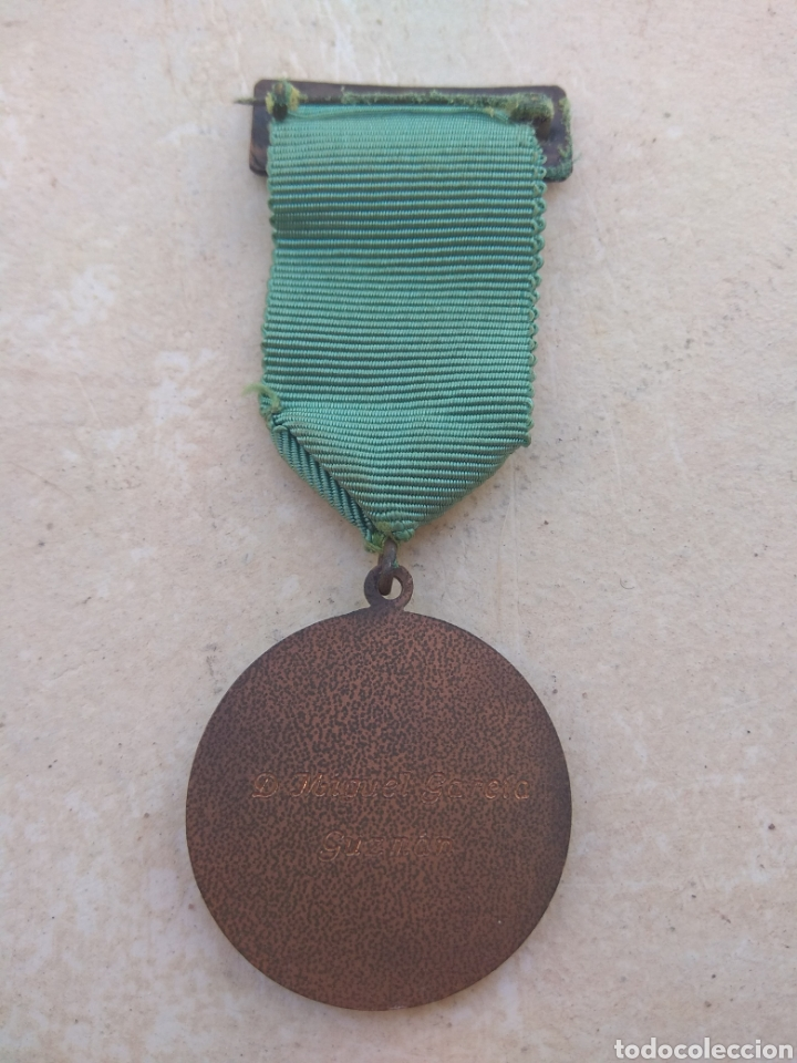Medallas condecorativas: Medalla Al Merito de la Camara de Comercio Industria y Navegación de Valencia - Foto 3 - 29774294