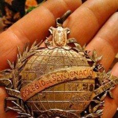 Medallas condecorativas: MEDALLA COLEGIO SAN IGNACIO. Lote 112731191