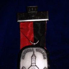Medallas condecorativas: MEDALLA ALEMANA CONMEMORATIVA WALDWANDERUNG 1971. Lote 114713315