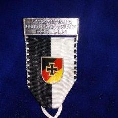 Medallas condecorativas: MEDALLA ALEMANA CONMEMORATIVA DONAU-WAFFENLAUF 1977. Lote 114716035