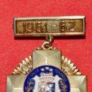Medallas condecorativas: EXCELENTE MEDALLA ESCOLAR EN BRONCE SOBREDORADO COLEGIO LA SALLE BONANOVA BARCELONA CURSO 1961 1962. Lote 52356315