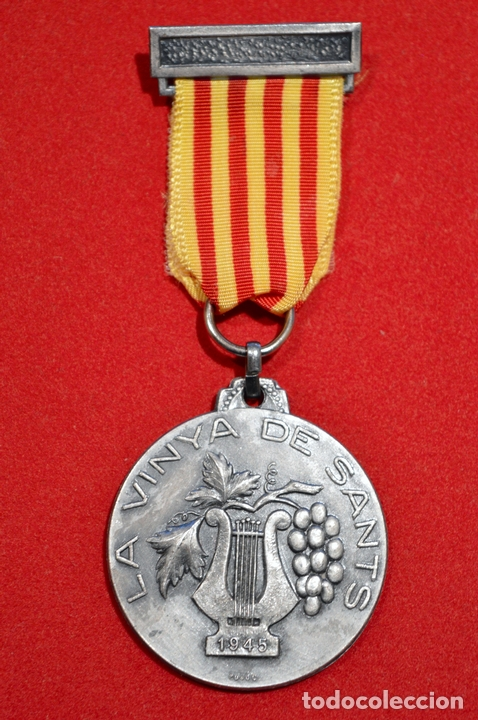 MEDALLA CORAL LA VINYA DE SANTS 1945 BARCELONA (Numismática - Medallería - Condecoraciones)