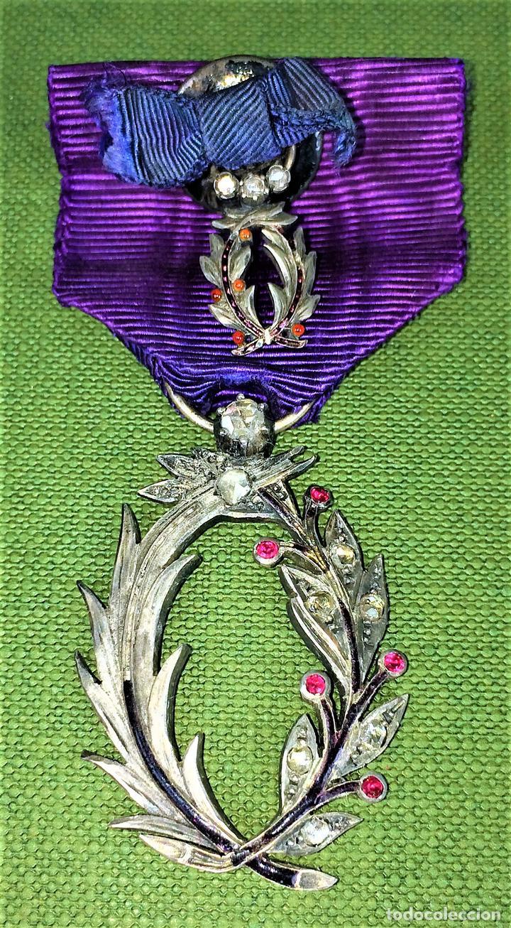 Medallas condecorativas: CONDECORACIÓN ORDRE DES PALMES ACADEMIQUES. PLATA CON DIAMANTES. FRANCIA. SIGLO XIX-XX - Foto 2 - 119106331