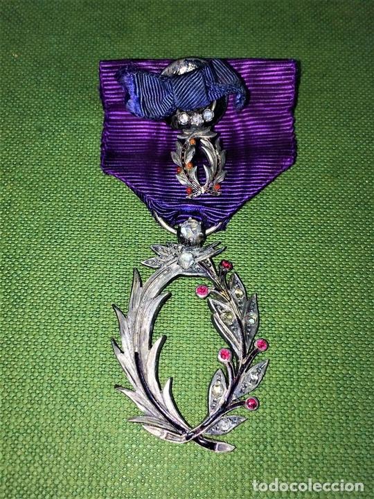 Medallas condecorativas: CONDECORACIÓN ORDRE DES PALMES ACADEMIQUES. PLATA CON DIAMANTES. FRANCIA. SIGLO XIX-XX - Foto 3 - 119106331