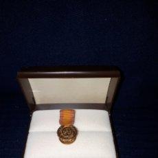 Medallas condecorativas: UNICA EN TODOCOLECCION MUY ANTIGUA MEDALLA INSIGNIA ROTARY ESPAÑA EN ORO DE 18 KILATES. Lote 121009891