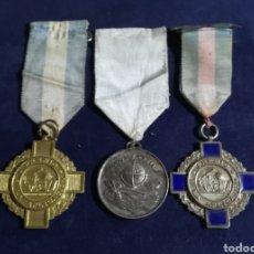 Medallas condecorativas: LOTE DE MEDALLAS COLEGIALES. Lote 129553971