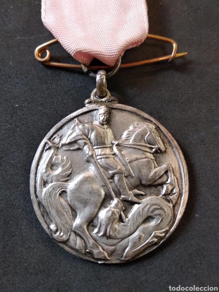 Medallas condecorativas: MEDALLA-CONDECORACION,SAN JORGE-SANT JORDI Y DRAGON.CINTA Y PASADOR. PREMIO ASISTENCIA Y PUNTUALIDA - Foto 2 - 129731684