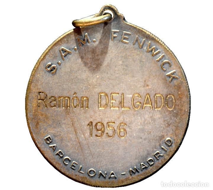 Medallas condecorativas: ANTIGUA MEDALLA INDUSTRIA Y COMERCIO 1956 BARCELONA MADRID - Foto 3 - 79144281
