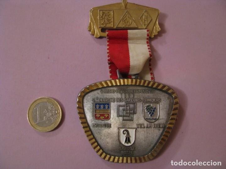 MEDALLA BOMBEROS SUIZA. 4. REGIO-FEUERWEHRMARSCH. 1976. (Numismática - Medallería - Condecoraciones)