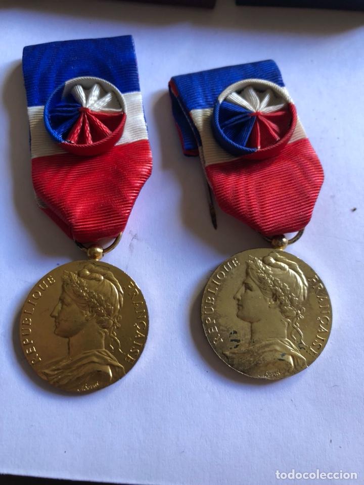 Medallas condecorativas: Lote de 6 medallas francesas con sus cajas - Foto 8 - 153659948
