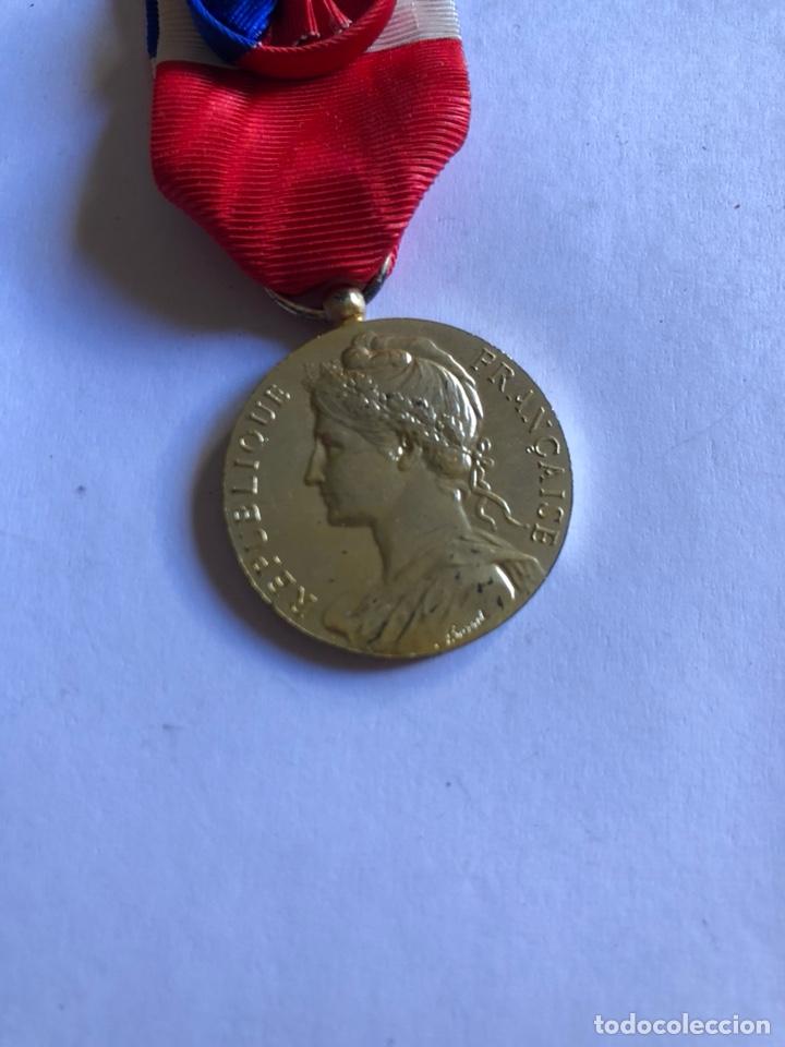 Medallas condecorativas: Lote de 6 medallas francesas con sus cajas - Foto 10 - 153659948